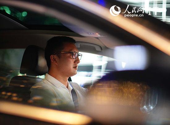 努力服务好每一个乘客网约车司机的逐梦人生